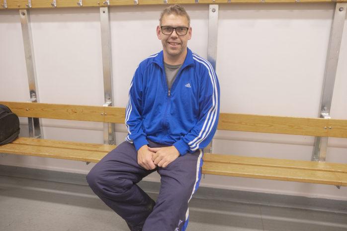 Raymond Johnsson slutar som tränare i KS Bandy efter en säsong. Arkivbild: Kristoffer Stiller.