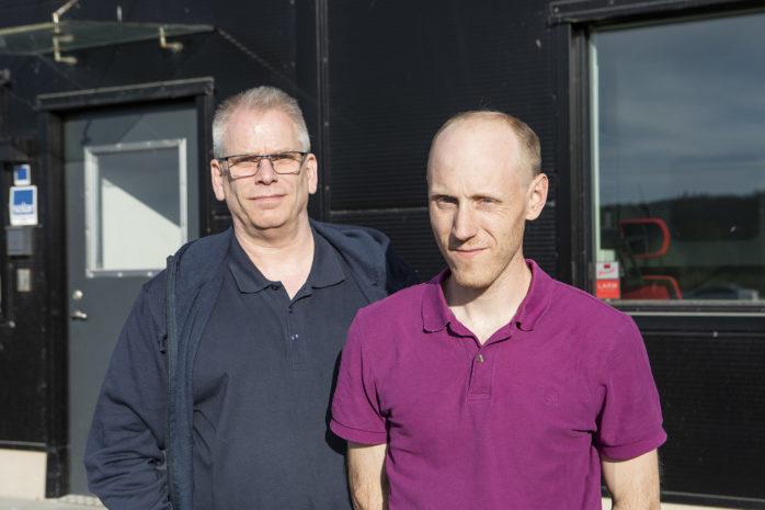 Sverigedemokraterna i Ale, Robert Roos och och Robert Jansson är kritiska till utredningen av en ny skola i Nol eller Alafors.