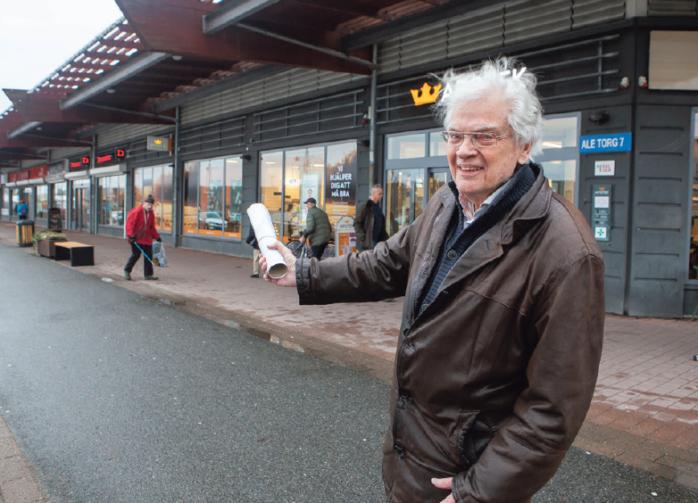 Olle Skoglund har gått sitt livs kamp när han med nyopererat ben smittades av covid-19. Nu rehabtränar han för att komma tillbaka och engagemanget för samhällsbyggnad i Ale finns kvar. Arkivbild: P-A Klöversjö.