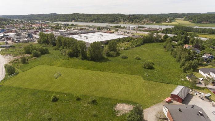 Majoriteten i Utbildningsnämnden är överens om att Nol IK:s tidigare fotbollsanläggning i Brandsbo ska bli platsen för en ny grundskola. Arkivbild: William Wensing.