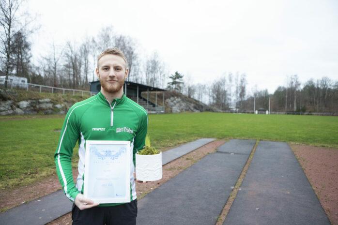 Lucas Bolin tilldelas priset för att han genom sina idrottsprestationer och sin drivkraft är en förebild för många ungdomar i Lilla Edets kommun.