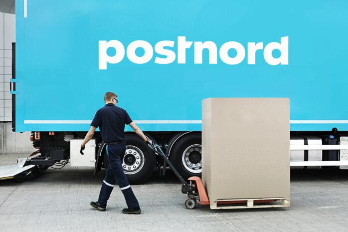 Postnord svarar på den riktade kritiken från boende i Södergårdens radhusområde. Pressbild.