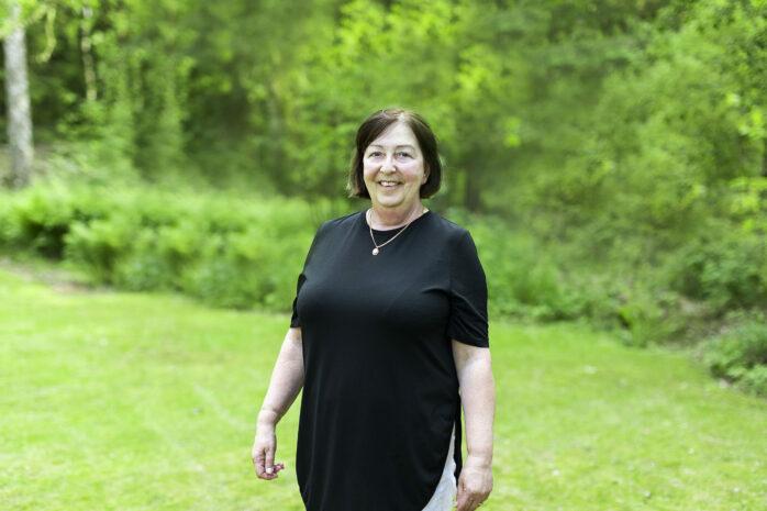Monica Samuelsson (S), oppositionsråd i Ale kommun, meddelar att hon inte står till förfogande för en ny mandatperiod, inte som kommunalråd i alla fall. Politiken vill hon däremot inte lämna helt. Bild: Jessica Lindén
