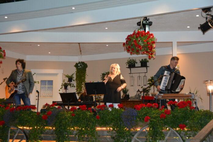 Kikki Danielsson gästade Café Torpets Restaurang i lördags.