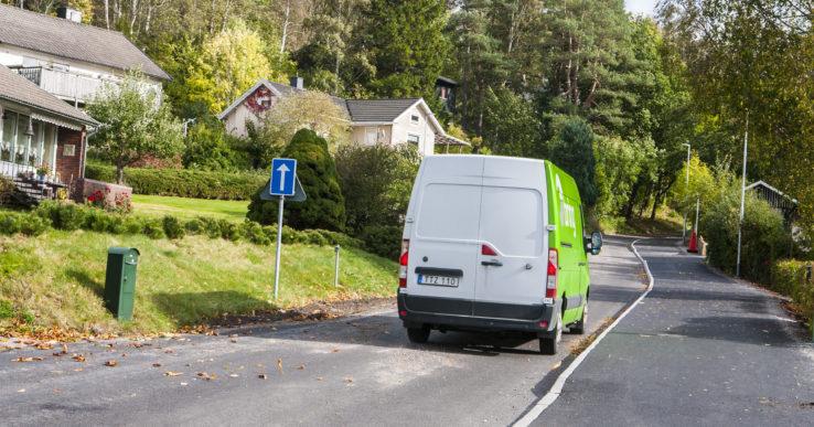 Mopedister kör mot trafiken