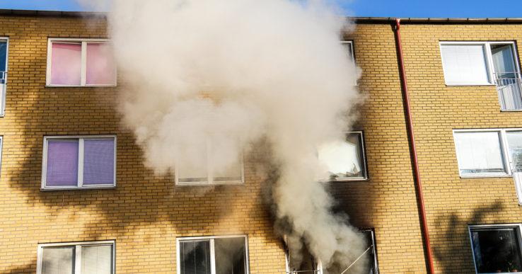 Lägenhetsbrand på Norra Klöverstigen